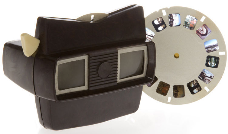 Create your Viewmaster images and upload them ColorSlide.com.